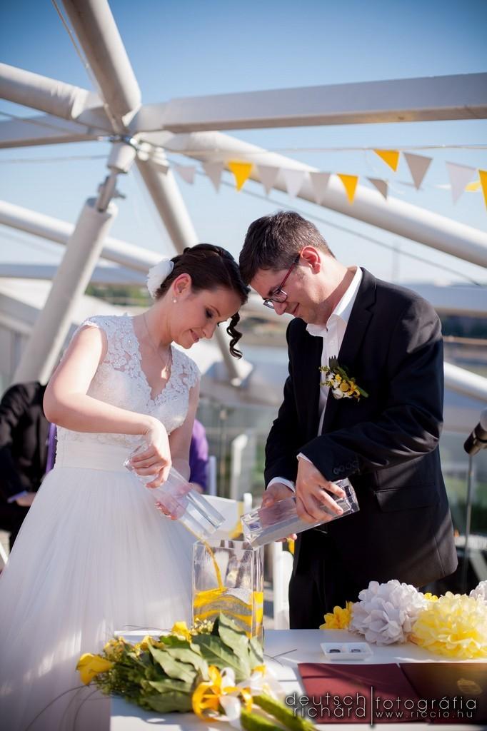 esküvő_fotózás_budapest_bálna_020