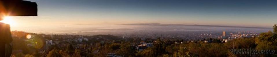 Panoráma: Ködös Hajnal Pécsett