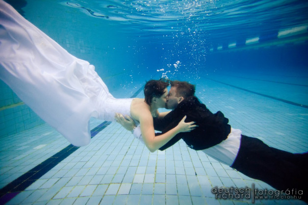 Angéla és Zoltán Trash The Dress Underwater